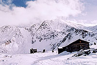 /images/133/2004-11-fremont-lake-hut4.jpg - #02420: winter near Fremont Pass … Nov 2004 -- Fremont Pass, Colorado