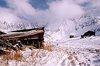 /images/133/2004-11-fremont-lake-hut5.jpg - #02421: winter near Fremont Pass … Nov 2004 -- Fremont Pass, Colorado