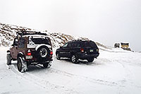 /images/133/2004-11-loveland-sign02.jpg - #02403: images of Loveland Pass … Nov 2004 -- Loveland Pass, Colorado
