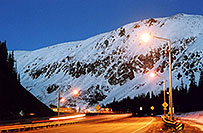 /images/133/2004-11-summit-pass1.jpg - #02440: Eisenhower Tunnel (elev 11,013ft) from Silverthorne side … Oct 2004 -- Eisenhower Tunnel, Colorado