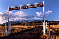 /images/133/2005-03-blanca-gate.jpg - #02465: Spanish Trail cities … March 2005 -- Blanca Peak, Colorado