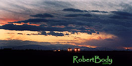 /images/133/2005-03-delnorte-night1-pano.jpg - #02475: sunset along Spanish Trail  … March 2005 -- Del Norte, Colorado