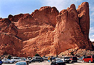 /images/133/2005-03-gardgods-big-rock.jpg - #02542: rock of Kissing Camels at Garden of the Gods  … March 2005 -- Garden of the Gods, Colorado Springs, Colorado