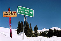/images/133/2005-03-ouray-ice-pirates.jpg - #02527: Molas Pass … March 2005 -- Molas Pass, Colorado