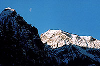 /images/133/2005-03-ouray-morn-moon.jpg - #02513: morning moon by Ouray … March 2005 -- Ouray, Colorado