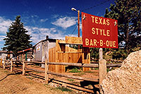 /images/133/2005-09-divide-cowboy7.jpg - #02599: Cowboy Kitchen Bar-B-Que … Sept 2005 -- Divide, Colorado