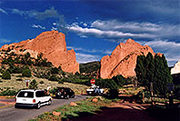 /images/133/2005-09-gardgods2.jpg - #02638: morning at Garden of the Gods … Sept 2005 -- Garden of the Gods, Colorado Springs, Colorado