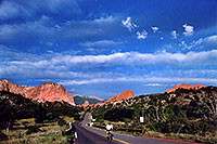 /images/133/2005-09-gardgods4.jpg - #02596: morning at Garden of the Gods … Sept 2005 -- Garden of the Gods, Colorado Springs, Colorado