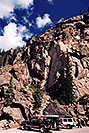 /images/133/2005-09-indep-climb-jeep.jpg - #02642: the often climbed rock wall … Sept 2005 -- Independence Pass, Colorado