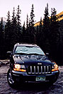 /images/133/2005-09-indep-jeep-morning.jpg - #02644: Morning frost at 10,000ft … photographing by Aspen planned for the day … Sept 2005 -- Independence Pass, Colorado