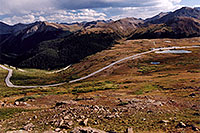 /images/133/2005-09-indep-view4.jpg - #02625: peak of Independence Pass (at parking lot) behind pond … Sept 2005 -- Independence Pass, Colorado