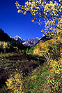 /images/133/2005-09-maroon-meadow-vert2.jpg - #02665: images of Maroon Bells … Sept 2005 -- Maroon Bells, Colorado