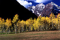/images/133/2005-09-maroon-meadow2.jpg - #02633: images of Maroon Bells … Sept 2005 -- Maroon Bells, Colorado