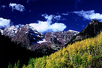 /images/133/2005-09-maroon-meadow6.jpg - #02663: images of Maroon Bells … Sept 2005 -- Maroon Bells, Colorado