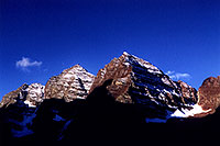 /images/133/2005-09-maroon-peaks1.jpg - #02667: images of Maroon Bells … Sept 2005 -- Maroon Bells, Colorado