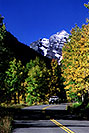 /images/133/2005-09-maroon-road1.jpg - #02647: images of Maroon Bells … Sept 2005 -- Maroon Bells, Colorado