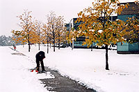 /images/133/2005-10-englewood-snow4.jpg - #02638: images of Englewood … Oct 2005 -- Englewood, Colorado