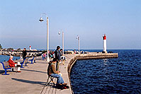 /images/133/2005-10-oakville-harbor3.jpg - #02643: images of Oakville harbour in Ontario … Oct 2005 -- Oakville, Ontario.Canada