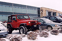 /images/133/2006-01-jep-red-jeep2.jpg - #02706: red Jeep Wrangler in Englewood … Jan 2006 -- Englewood, Colorado