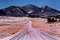 /images/133/2006-02-hartsel-snow4.jpg - #02772: snowy side-road heading north … between Wilkerson Pass & Hartsel … Feb 2006 -- Wilkerson Pass, Colorado