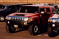 /images/133/2006-02-hummers-h3-red.jpg - #02789: morning frost on a red 2006 H3 Hummer in Castle Rock … Feb 2006 -- Castle Rock, Colorado