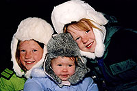 /images/133/2006-03-highlands-kids2.jpg - #02845: Kids in Highlands Ranch … March 2006 -- Highlands Ranch, Colorado
