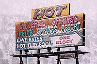 /images/133/2006-03-isprings-hot-springs.jpg - #02874: Hot Mineral Springs sign  … images of Idaho Springs … Feb 2006 -- Idaho Springs, Colorado