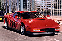 /images/133/2006-03-testarossa-view3.jpg - #02901: red 1990 Ferrari Testarossa at Paragon Motorcars … March 2006 -- Centennial, Colorado