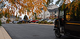 /images/133/2006-10-06-lone-rem-ups.jpg - #02985: UPS on delivery at Remington residence … Oct 2006 -- Remington, Lone Tree, Colorado