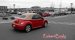 /images/133/2006-10-08-cent-mini03.jpg - #03006: red VW Beetle Bug and red Cooper Mini in Centennial … Oct 2006 -- Centennial, Colorado