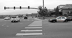 /images/133/2006-10-08-lone-traffic03.jpg - #03029: Lone Tree Police at Yosemite Road and Park Meadows Drive … Oct 2006 -- Yosemite Rd, Lone Tree, Colorado