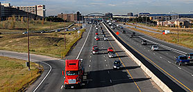/images/133/2006-10-11-lone-i25-traf01.jpg - #02989: view of I-25 from Lincoln Road … Oct 2006 -- I-25, Lone Tree, Colorado