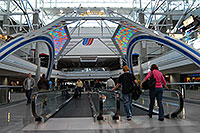 /images/133/2006-10-22-den-concourseb03.jpg - #03131: images of Concourse B at Denver airport … Oct 2006 -- Denver, Colorado