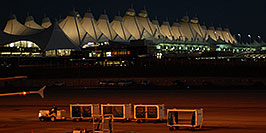 /images/133/2006-10-22-den-frontier06-w.jpg - #03101: images of Denver airport … Oct 2006 -- Denver, Colorado