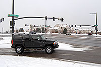 /images/133/2006-12-02-rem-road01.jpg - #03208: black Hummer H3 at Lincoln and Yosemite Rd in Lone Tree … Dec 2006 -- Yosemite Rd, Lone Tree, Colorado