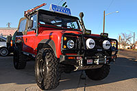 /images/133/2006-12-10-denver-defender1.jpg - #03215: red Land Rover Defender 90 in Denver … December 2006 -- Denver, Colorado