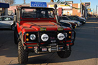 /images/133/2006-12-10-denver-defender2.jpg - #03216: red Land Rover Defender 90 in Denver … December 2006 -- Denver, Colorado