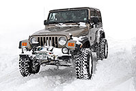 /images/133/2006-12-21-high-wrangler02.jpg - #03239: brown Jeep Wrangler Rubicon … Dec 2006 -- Lincoln Rd, Highlands Ranch, Colorado