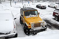 /images/133/2006-12-28-jep-yellow02.jpg - #03323: yellow Jeep Wrangler in Englewood … Dec 2006 -- Inverness Dr, Englewood, Colorado