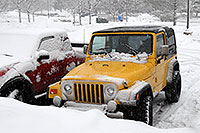 /images/133/2006-12-28-jep-yellow03.jpg - #03324: yellow Jeep Wrangler in Englewood … Dec 2006 -- Inverness Dr, Englewood, Colorado