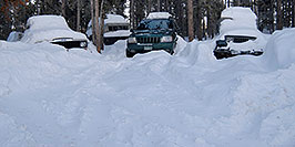 /images/133/2007-01-07-miners-jeeps01.jpg - #03349: 3 snowy jeeps - Jeep truck, Grand Cherokee and Wrangler … Jan 2007 -- Miner`s Candle, Idaho Springs, Colorado