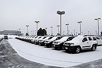 /images/133/2007-01-12-go-xterras02.jpg - #03381: white Nissan Xterra and others at GO Nissan on Arapahoe Rd … Jan 2007 -- Go Nissan, Englewood, Colorado