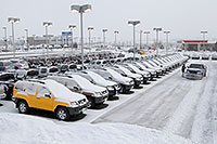 /images/133/2007-01-12-go-xterras04.jpg - #03383: yellow Nissan Xterra and others at GO Nissan on Arapahoe Rd … Jan 2007 -- Go Nissan, Englewood, Colorado