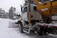 /images/133/2007-01-21-sed-snowplow4.jpg - #03378: snowplow in the woods of Sedalia … Jan 2007 -- Sedalia, Colorado