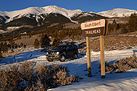/images/133/2007-01-28-elbert-xterra1.jpg - #03465: Xterra at trailhead of Mt Elbert from south side … Jan 2007 -- Mt Elbert, Twin Lakes, Colorado
