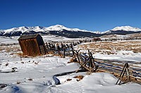 /images/133/2007-01-28-lead-shacks1.jpg - #03436: shacks south of Leadville, in neighborhood of Mt Elbert … Jan 2007 -- Leadville, Colorado