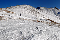 /images/133/2007-01-28-love-view04.jpg - #03446: skier walking up east face of Loveland Pass … Jan 2007 -- Loveland Pass, Colorado