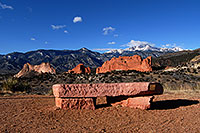 /images/133/2007-02-26-gods-above-bench.jpg - #03559: view of Garden of the Gods with Pikes Peak in the clouds … Feb 2007 -- Garden of the Gods, Colorado Springs, Colorado