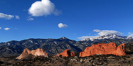 /images/133/2007-02-26-gods-above-pano2.jpg - #03562: view of Garden of the Gods with Pikes Peak in the clouds … Feb 2007 -- Garden of the Gods, Colorado Springs, Colorado