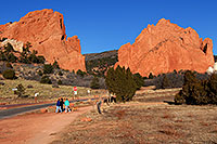 /images/133/2007-02-26-gods-view01.jpg - #03583: People near entrance to Garden of the Gods … Feb 2007 -- Garden of the Gods, Colorado Springs, Colorado